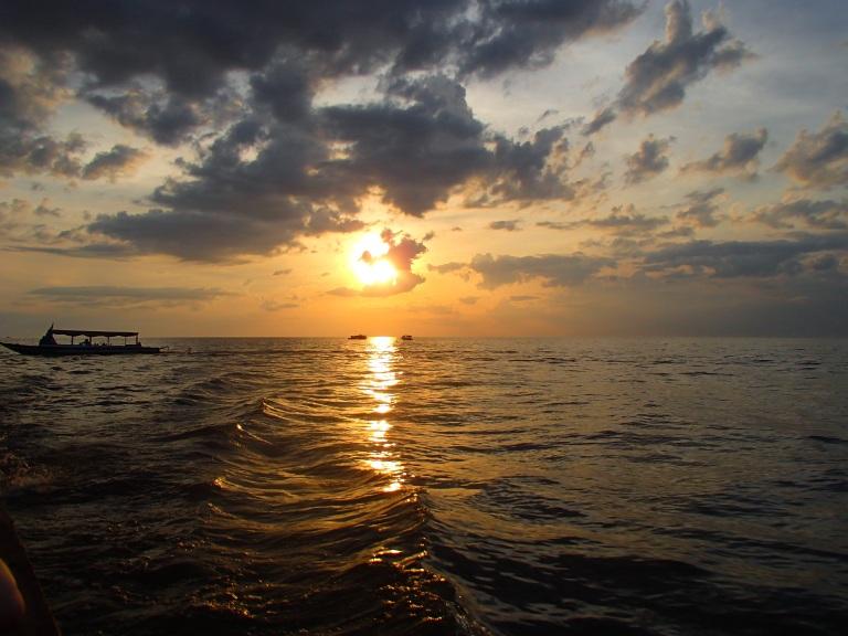 Sunset Tonle Sap