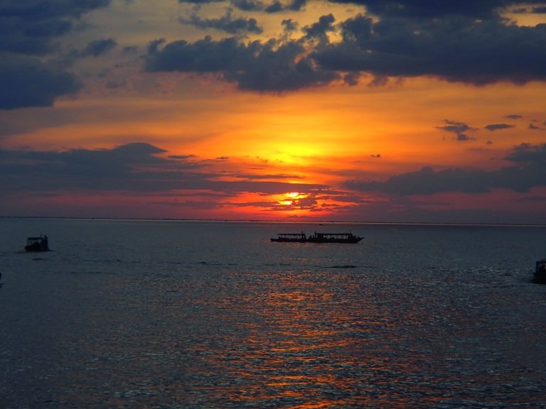 Sunset Tonle Sap
